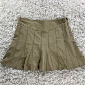ATHLETA- SKORT WITH A SLIGHT FLARE